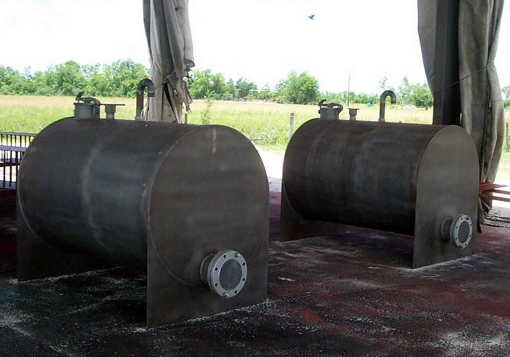 500-gal-fuel-tanks_0